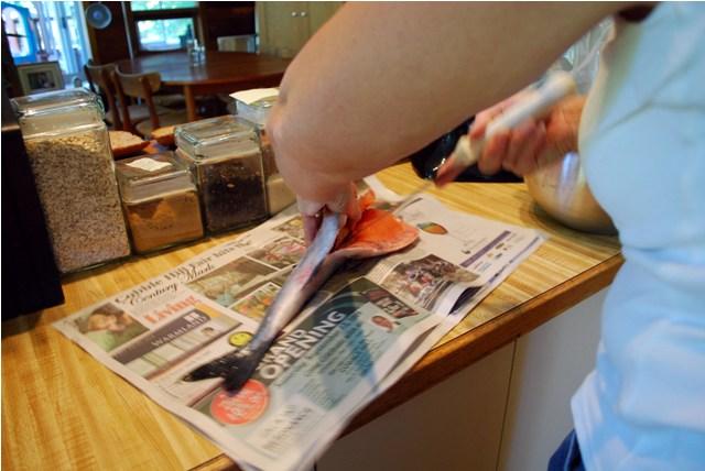 Deboning and filleting salmon