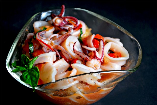 Sauteed squid in tomato concasse