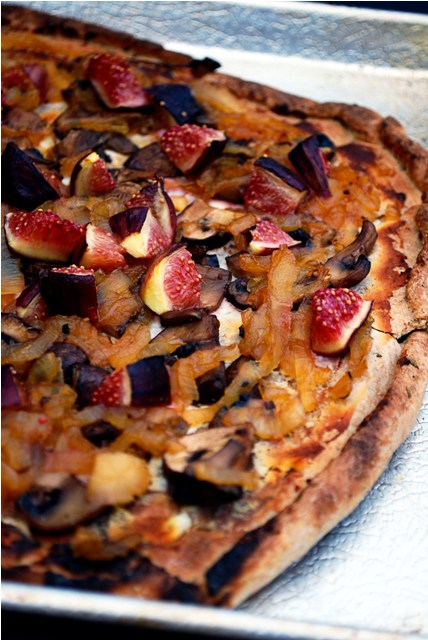 Fig pizza done