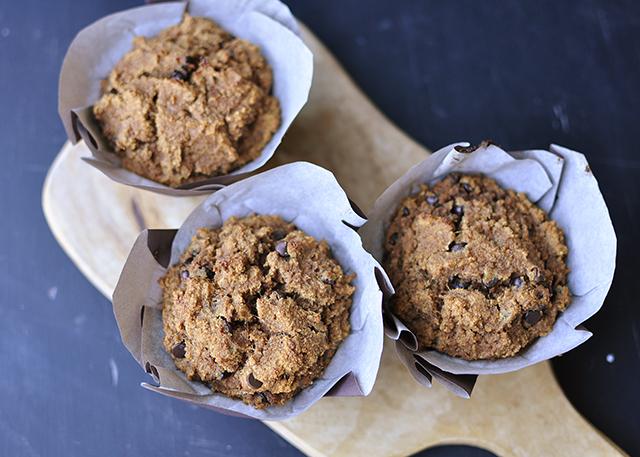 chocolate_chip_pumpkin_muffin4-2