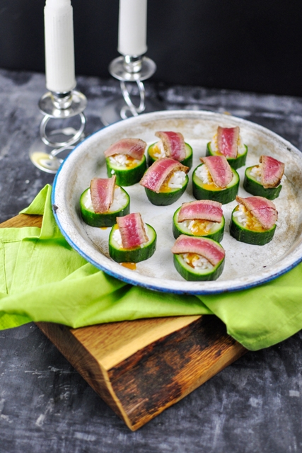 Seared Coconut Curry Beef Cucumber Cups