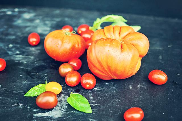 heirloom_tomatoes2-2